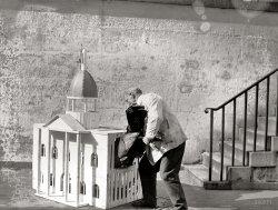 Stuffing the Turkey: 1920