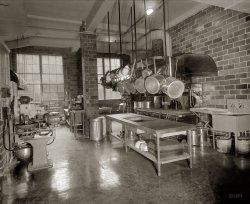 YWCA Kitchen: 1927