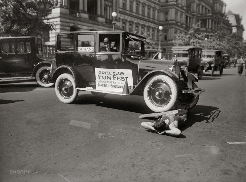 Traffic-Stopper: 1923