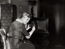 Mrs. New Tunes In: 1924
