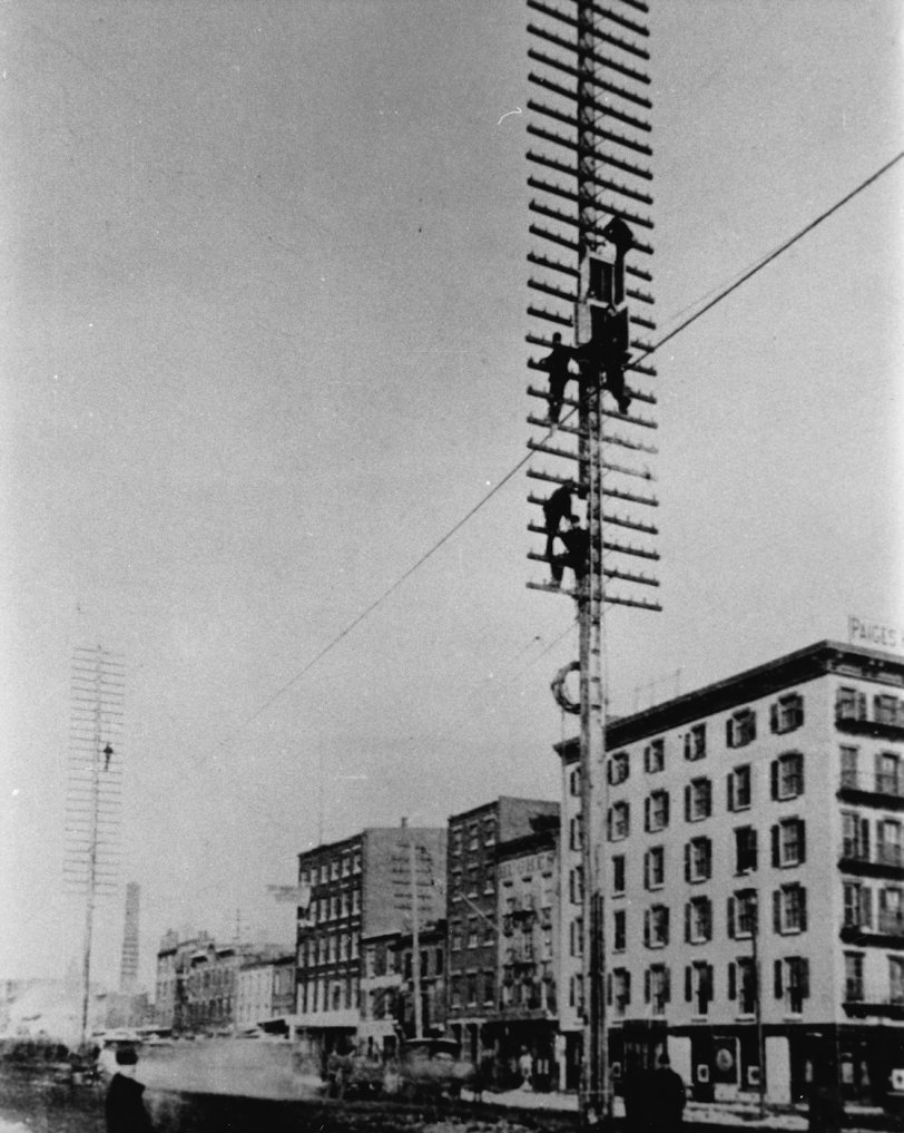Early Telephone Linemen