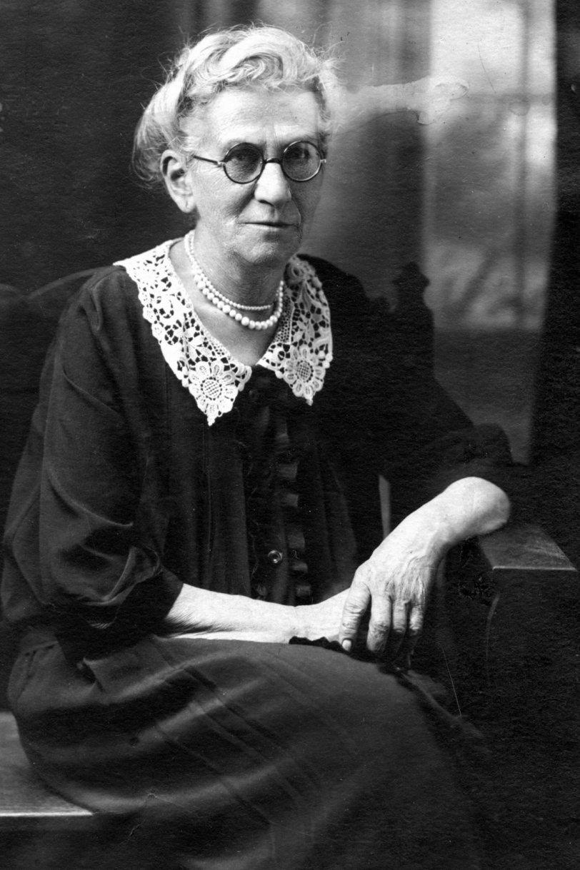 Shifra Solomon circa 1926