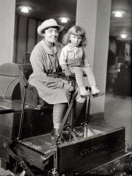 Flo and Chuck: 1918