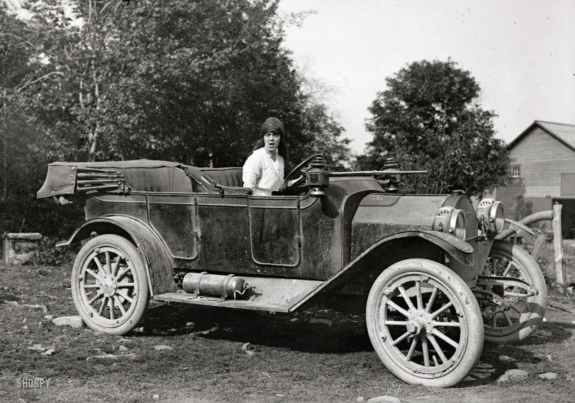 Traffic Cam: 1915