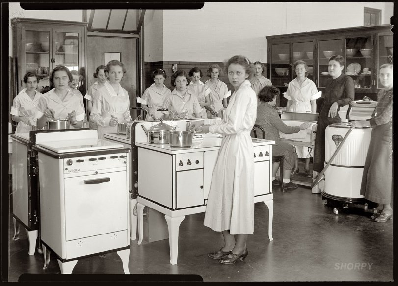 Betty Crockers: 1935