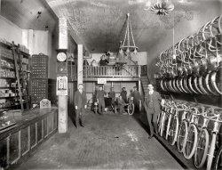 Bike Shop: 1919