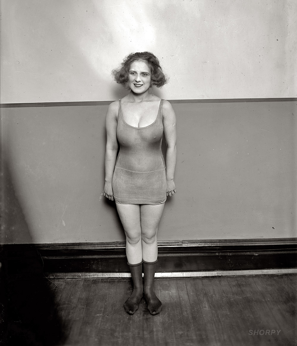 Historic Picture Archive :: Lust Girl: 1919 highresolution photo