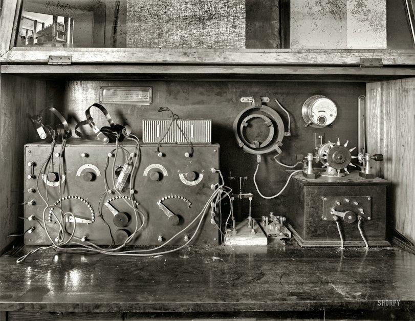 Radio School: 1920