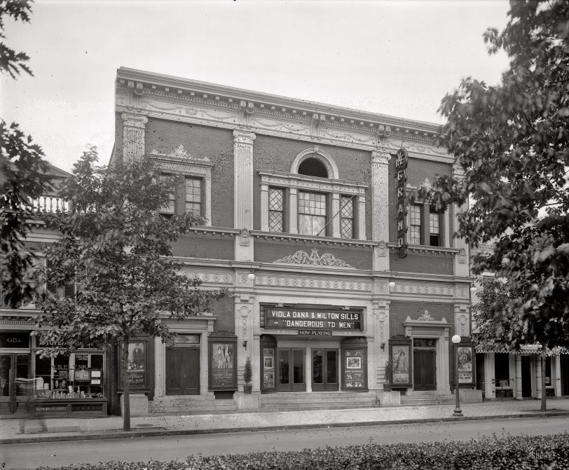 Avenue Grand: 1920