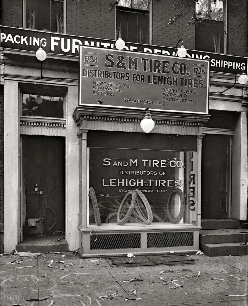 S&M Tires: 1920