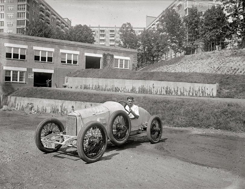 Donnie's Duesie: 1920
