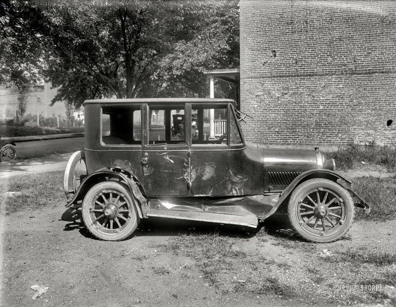 Wrecked Haynes: 1920