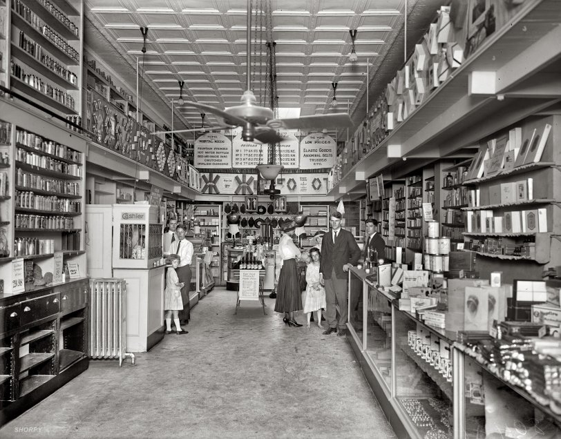 The Home of Low Prices: 1920