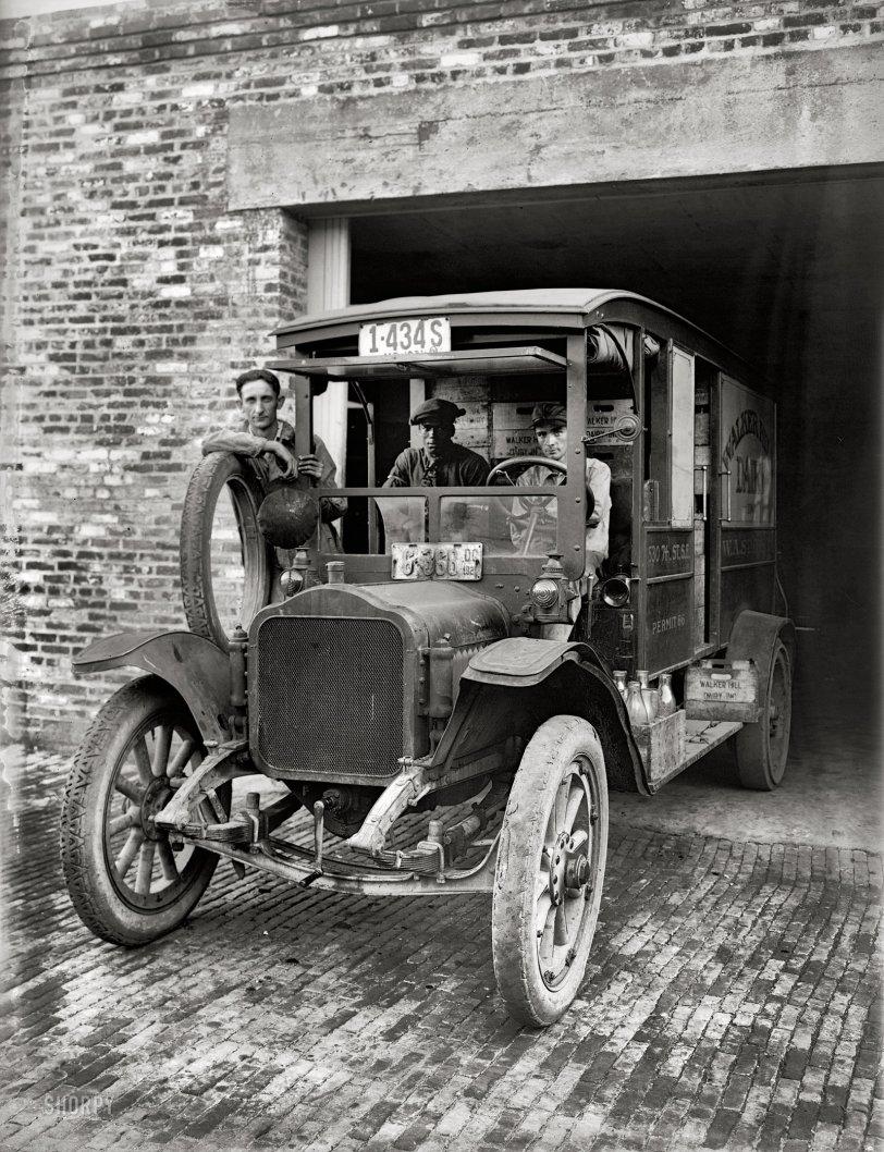 Milk Squad: 1921