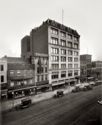 Odd Fellows Temple: 1921