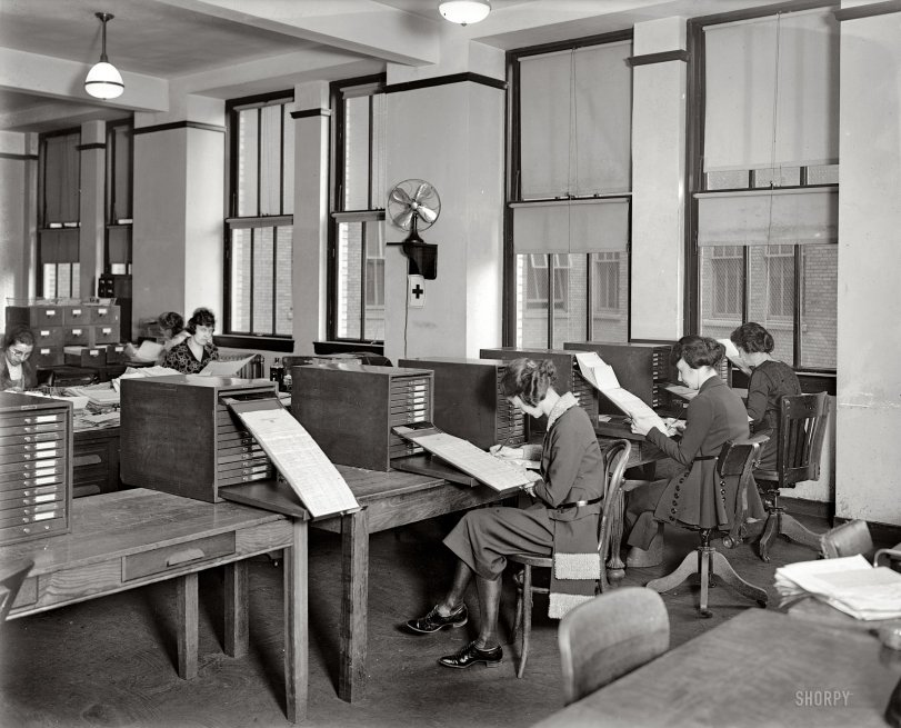 Acme at Work: 1921