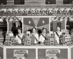 Spaghetti Girls: 1921