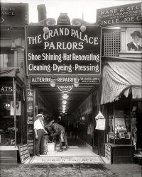Grand Palace: 1921
