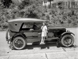 Miriam Battista: 1922