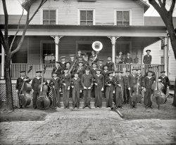 Band Ahoy: 1923
