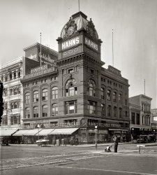Reliable Shoe House: 1920