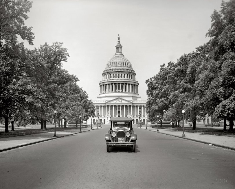 Capitol Paige: 1923