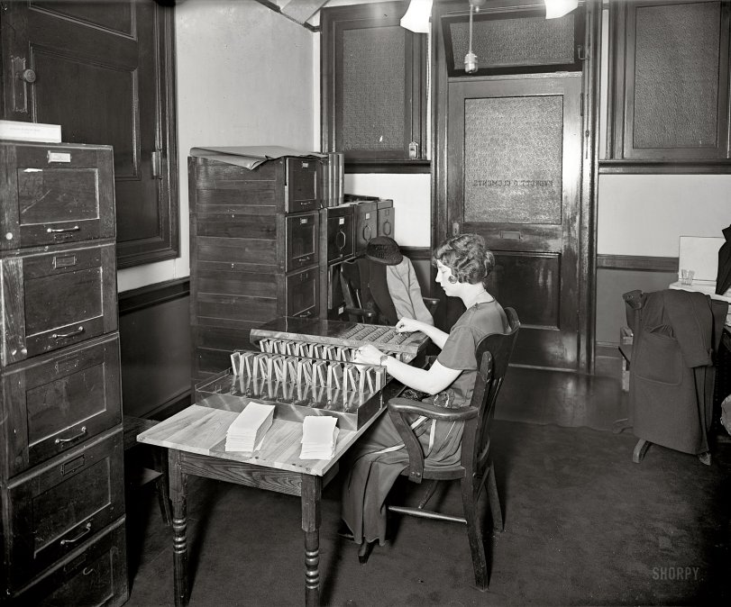 Office Girl: 1922