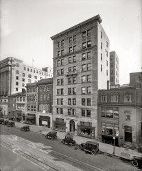 Streetscape: 1924