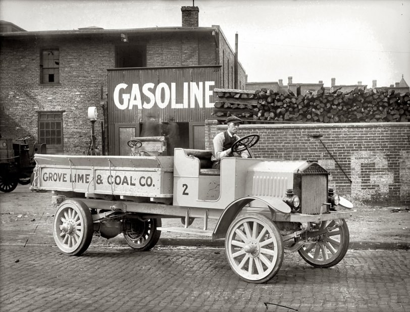 Grove Lime & Coal: 1920