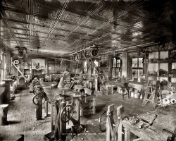Leg Factory: 1916