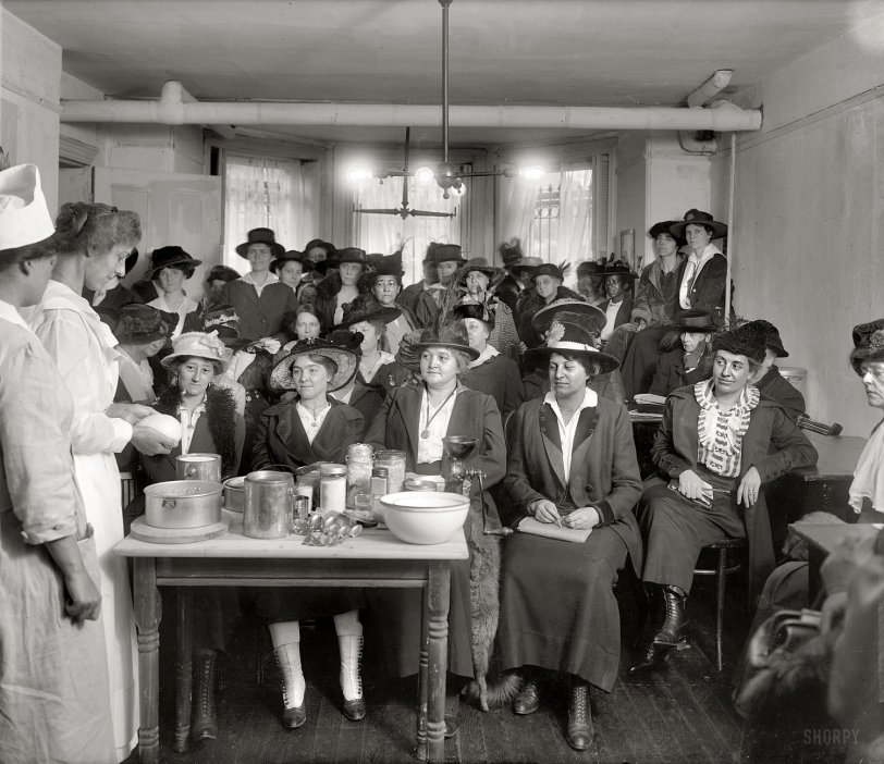 War Kitchen: 1918