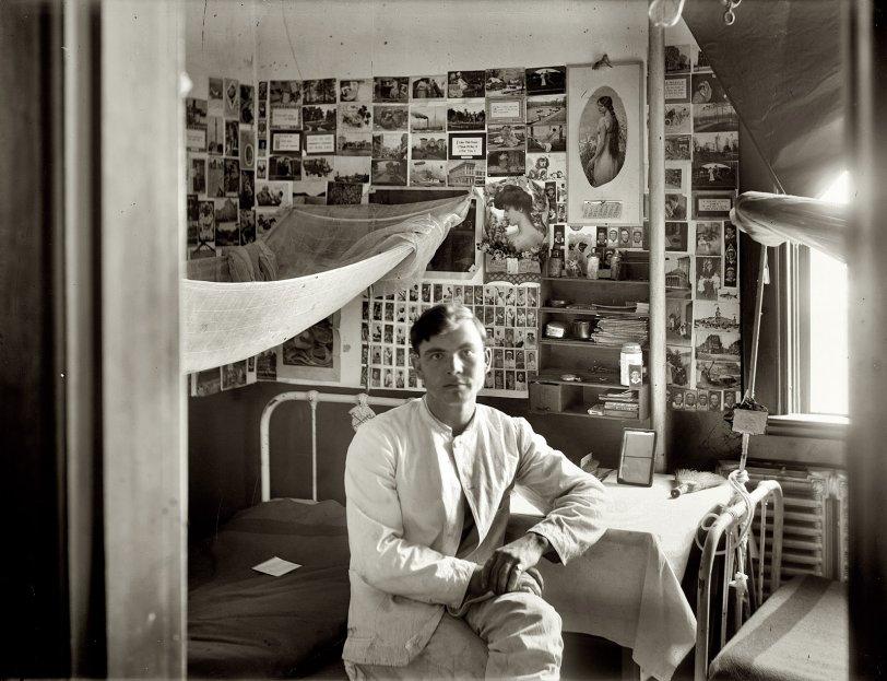 Dormitory: 1911