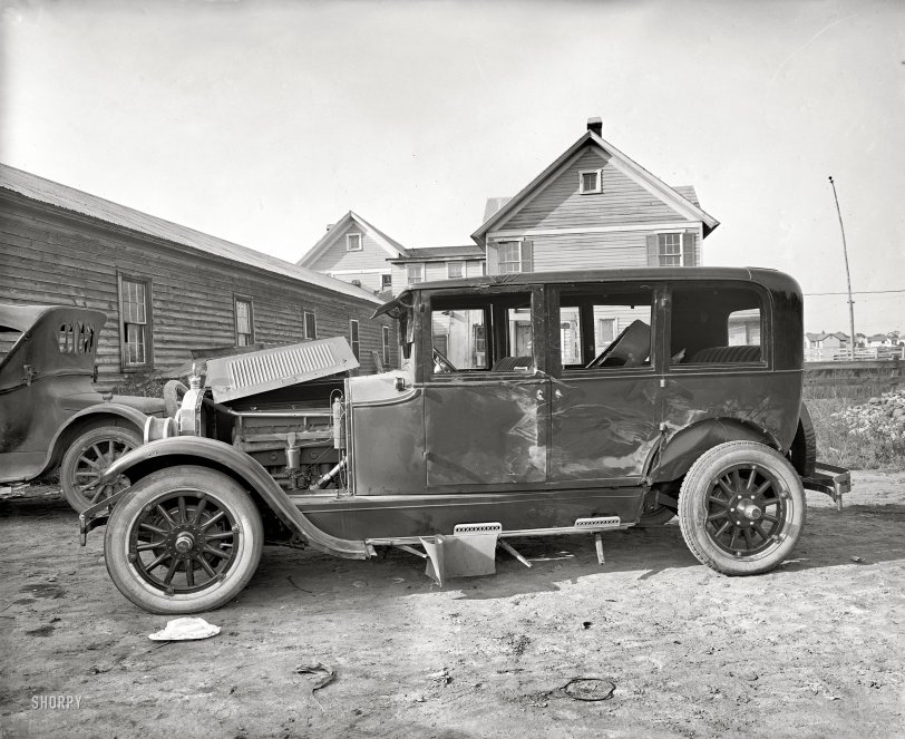 The Battered Buick: 1924