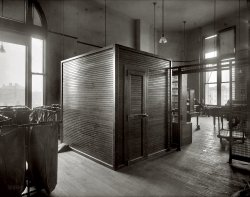 Cubicle: 1920