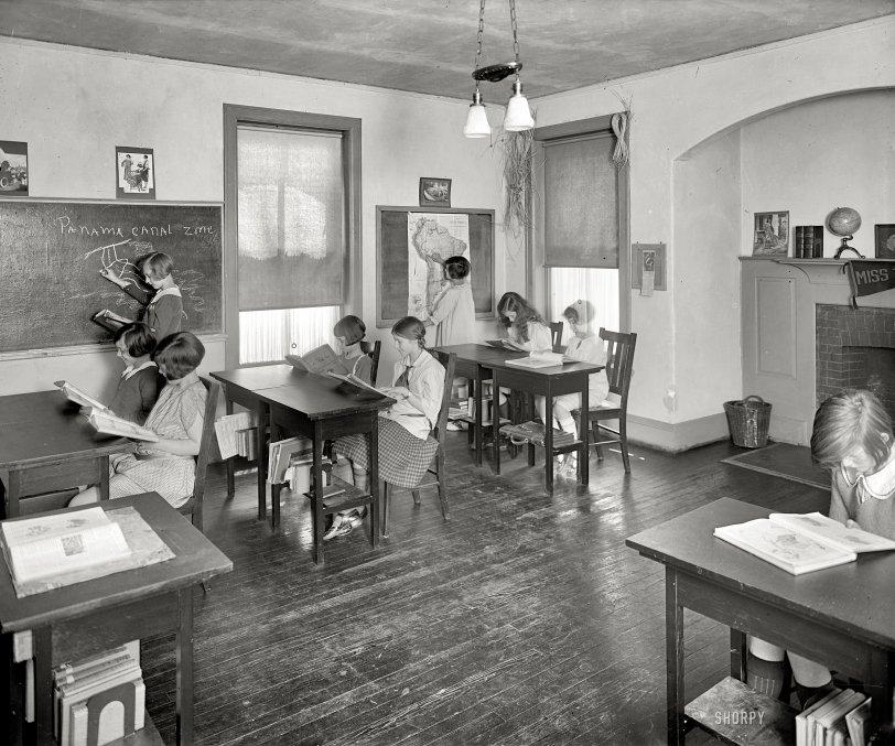 Miss Tomlin's School: 1926