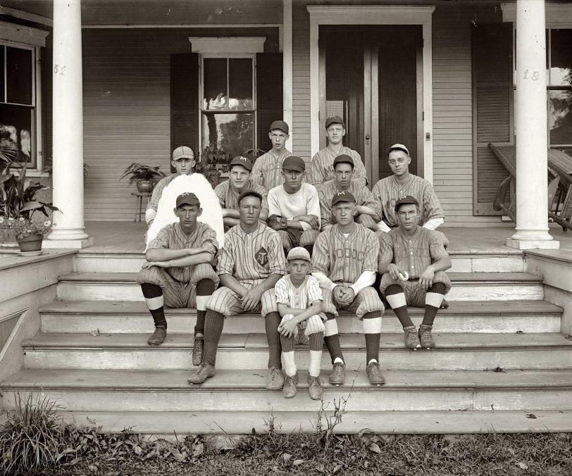 Porched: 1926