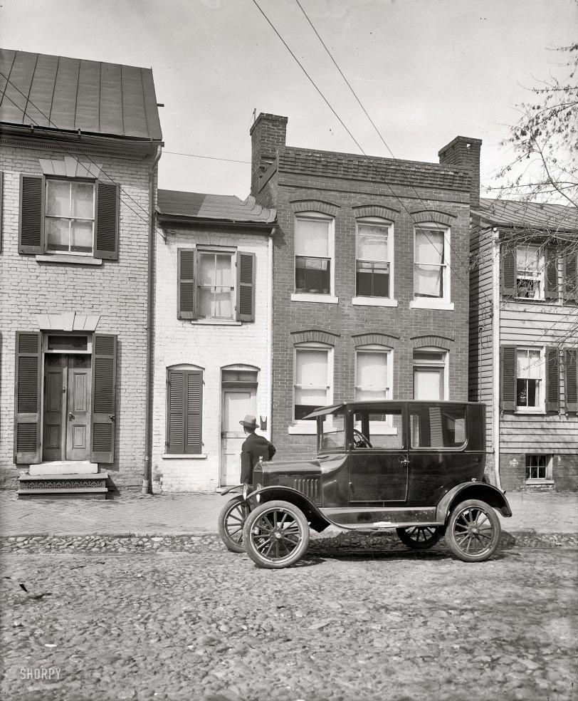 Spite House: 1924