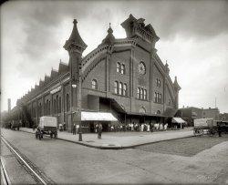 Liberty Market: 1920