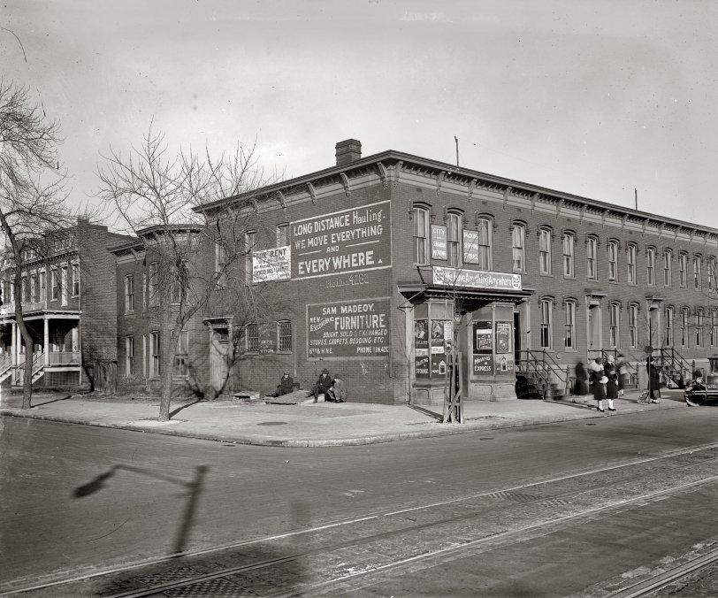 Street Life: 1925