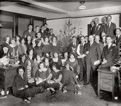 Office Xmas Party: 1925