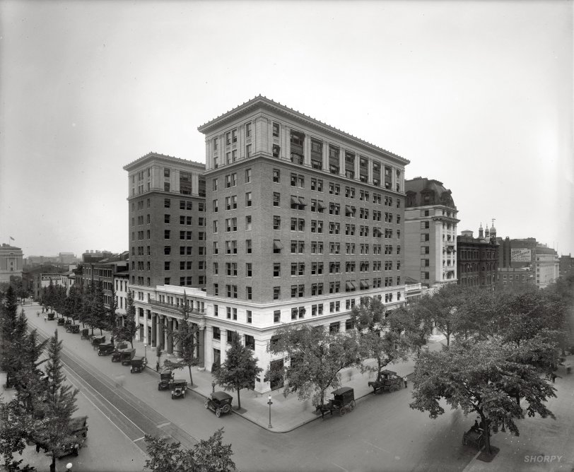 Fifteenth and H: 1923