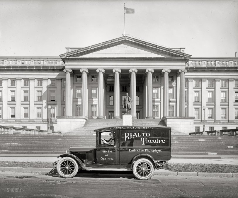 Rialto: 1925