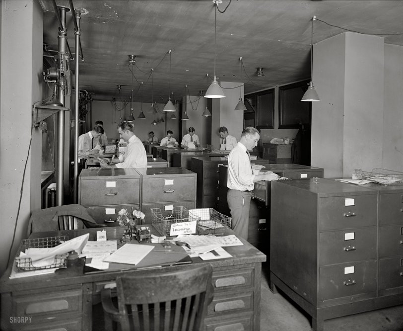 Bureau Drawers: 1925