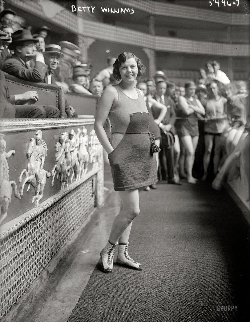 Whirl Girl: 1921