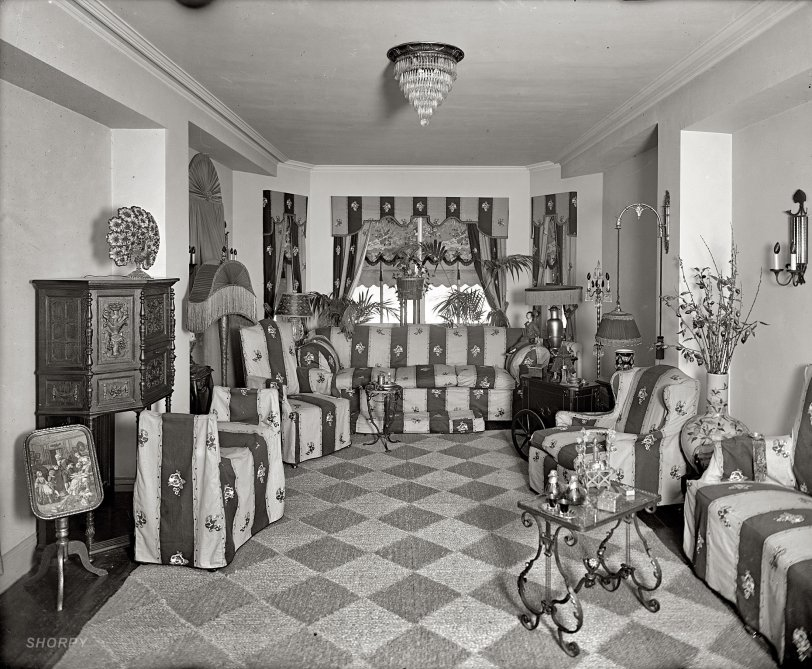 Metropolitan Home: 1924