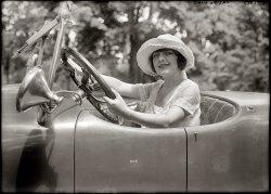 Grace Valentine: 1920