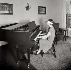 The Player: 1925