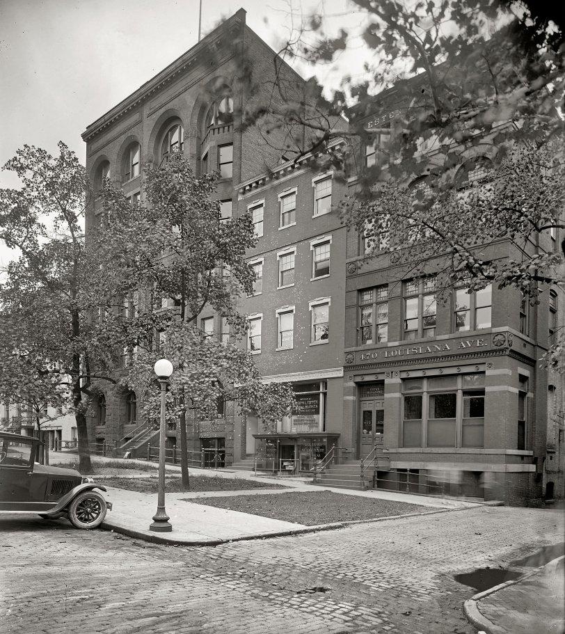 Legal Briefs: 1925