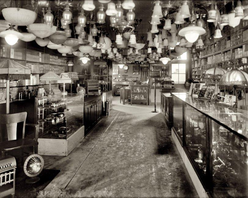 Light Show: 1925