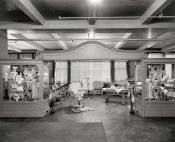 Tot Depot: 1927